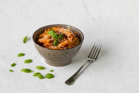 Cestoviny penne s paradajkovo-smotanovou omackou